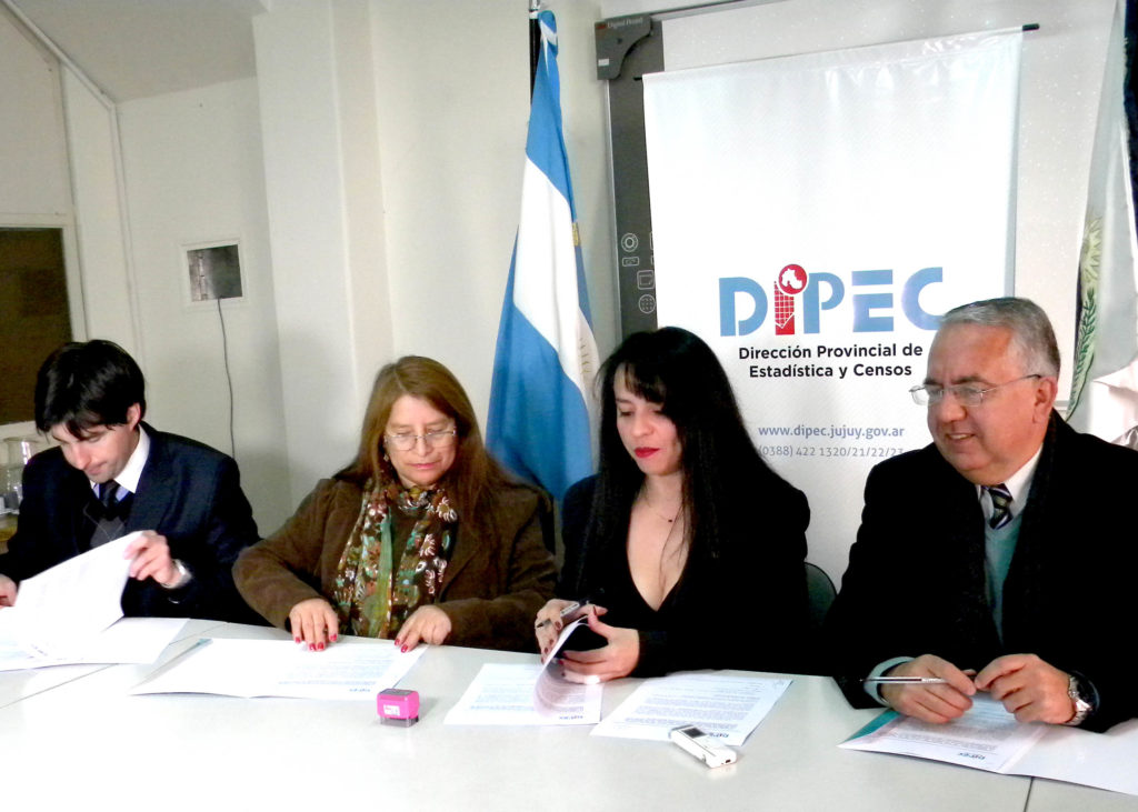 220617  firma convenio en el DIPEJ